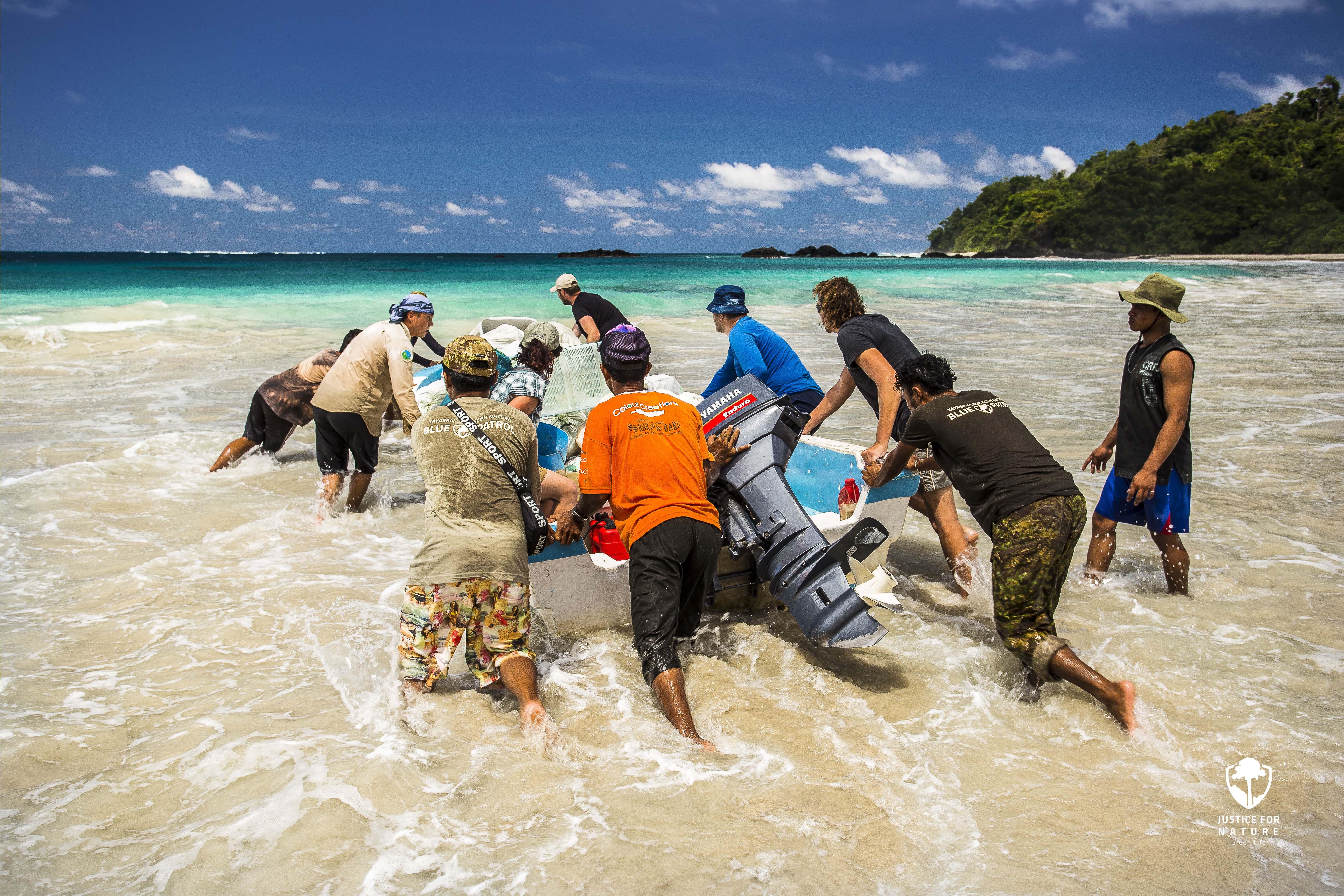 Dobrovolníkem v Indonésii, projekt Green & Blue life na Sumatře
